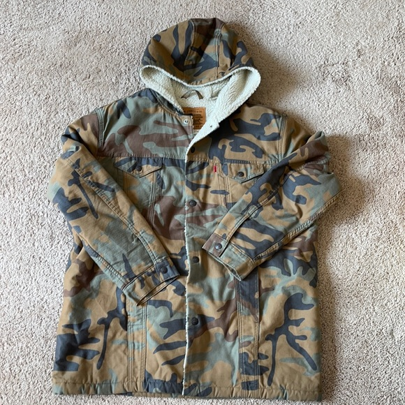 Levi's Fresh Leaves Sherpa Jacket